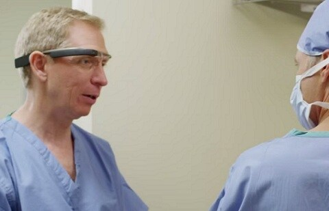 Watch how anesthesiologists could use Google Glass